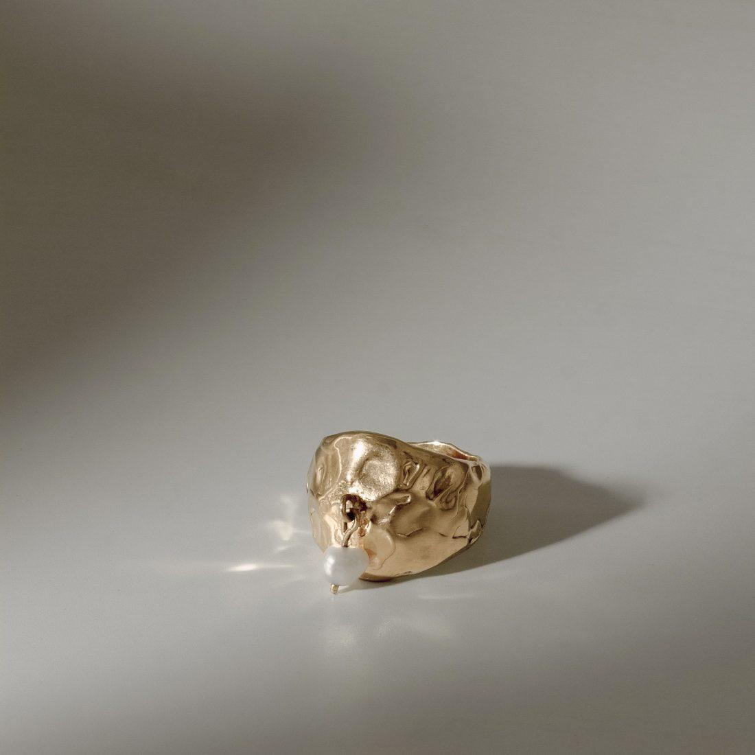 Кольцо с жемчужной подвеской, позолота 1