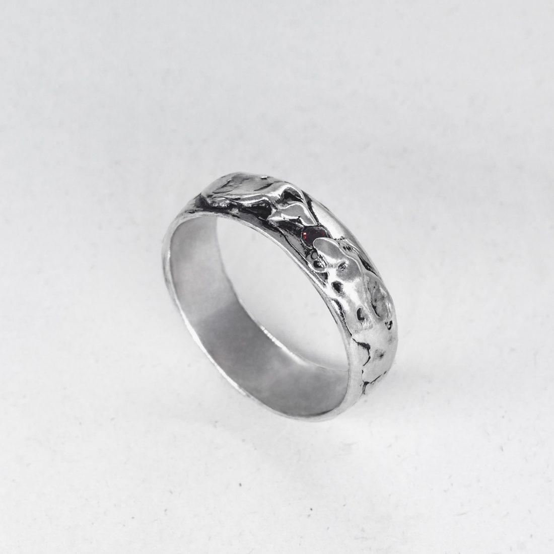 Мужское кольцо «Волна»