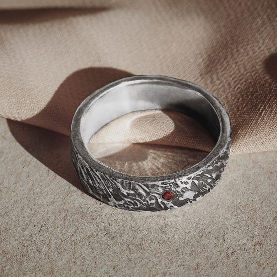 Мужское кольцо «Кора»