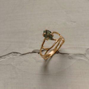 Ажурное кольцо с позолотой