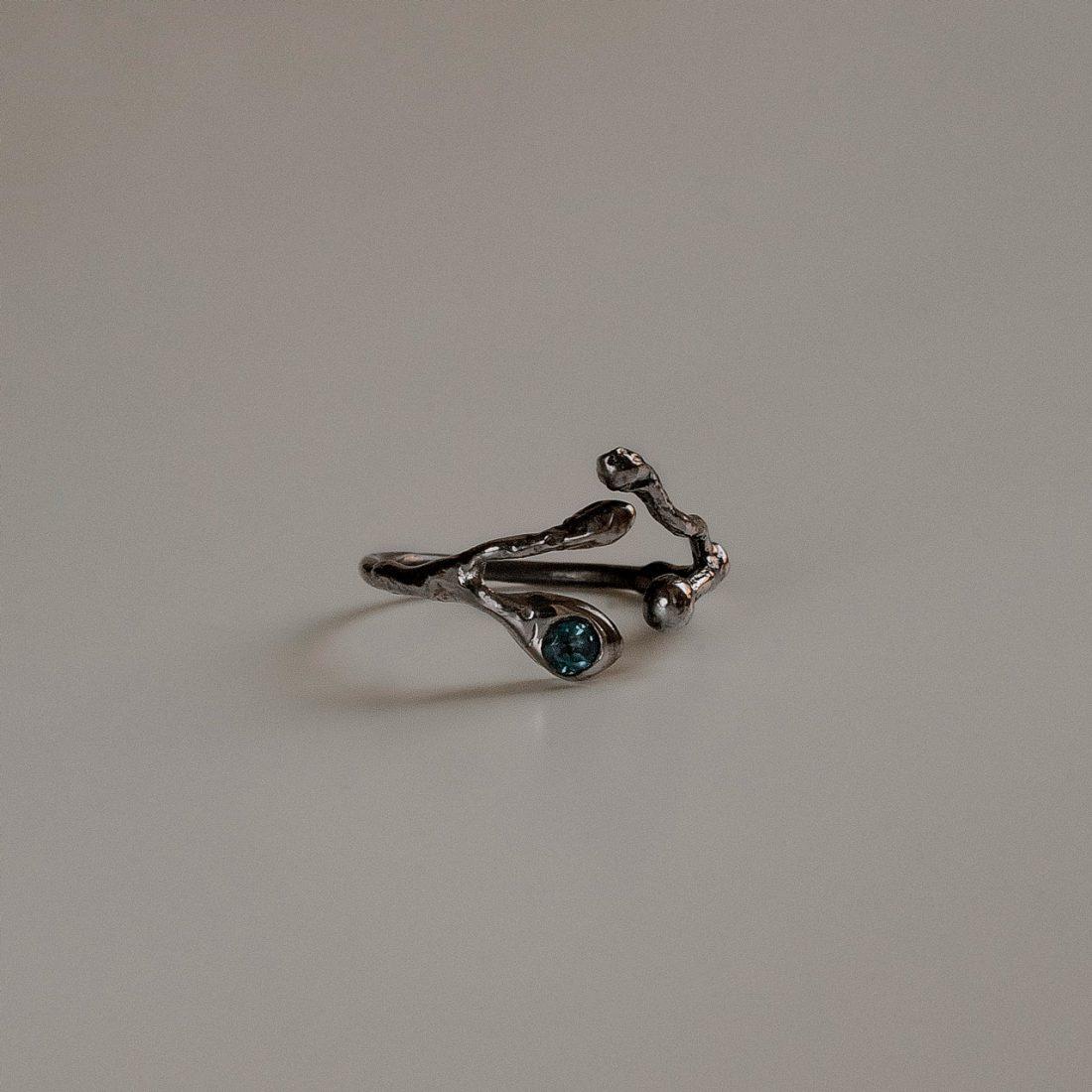 Черное кольцо «Веточка»