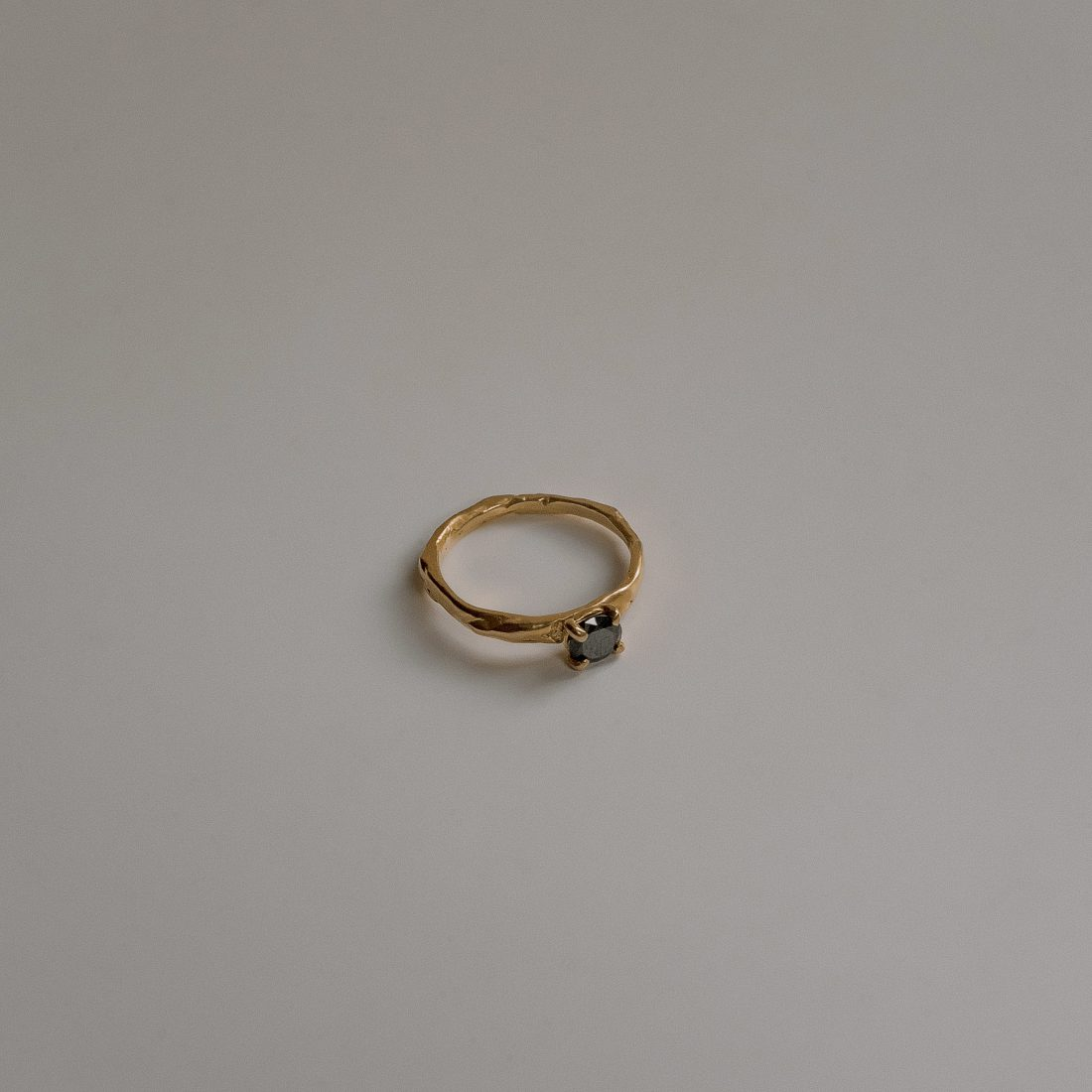 sg-r06-gold-2