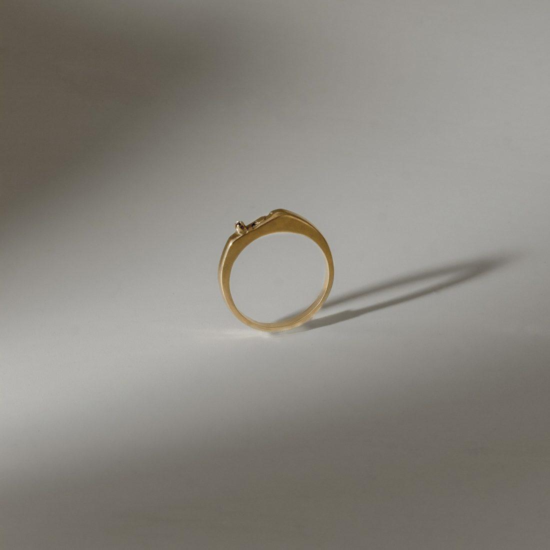 Кольцо «Угол» с позолотой