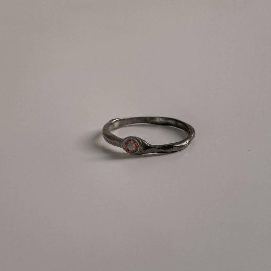 Черное тонкое кольцо