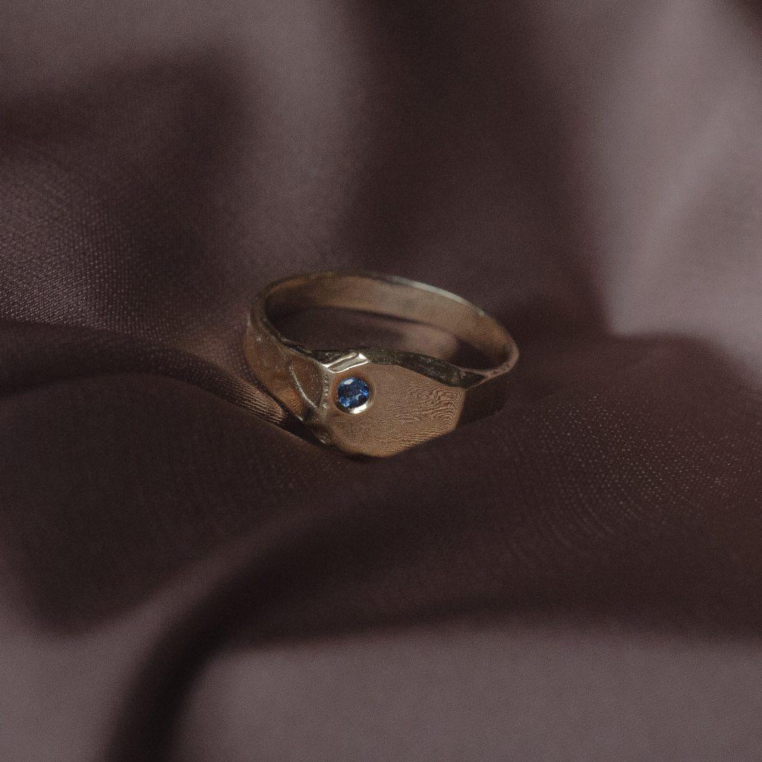 Золотой перстень «Mole»